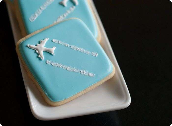 jet trail / contrail cookies for the aviation lover
