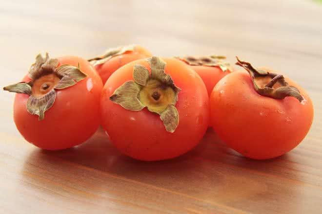 Caqui – Benefícios dessa fruta