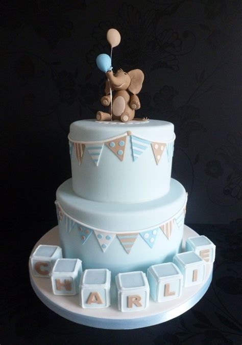 Elephant and Bunting Christenning Cake   Christening
