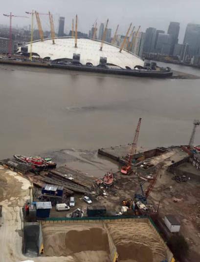 O rio já revelou ter uma quantidade enorme de lixo e registrou, em 2010, o nível mais baixo da história. Logo, os ingleses afirmaram ser um monstro, mais especificamente o mítico e nunca capturado monstro do lago Ness, da Escócia