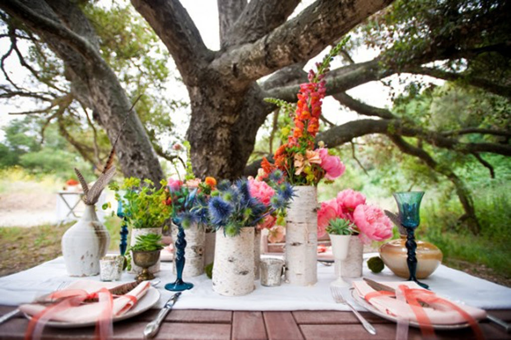 garden party table setting rustic