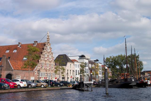 Holland 18