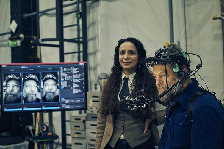 Ella Al-Shamahi y Andy Serkis en los Imaginarium studios. Foto: VixPix Films/BBC