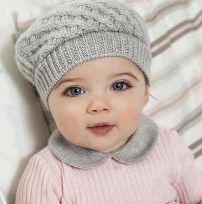 Tatlı Kız Bebek Resim Kız Bebekler Fotoğrafları Anne Ve Bebek