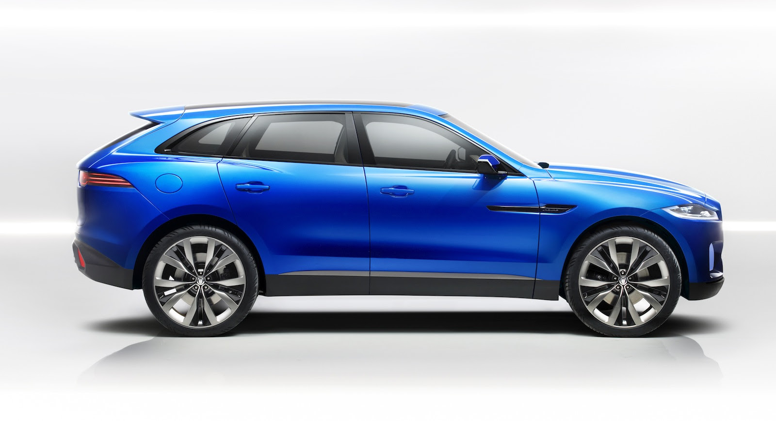 Jaguar Suv C X17 Concept Revealed Photos 1 Of 31 | 2017 - 2018 Cars ...