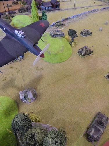 Sturmovik picks on artillery spotter.JPG