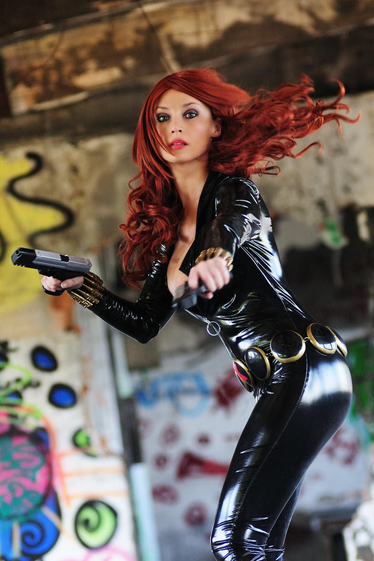 http://th01.deviantart.net/fs71/PRE/i/2012/133/2/f/black_widow_in_action_by_giorgiacosplay-d4zk3ps.jpg