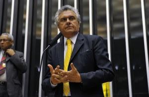 Ronaldo Caiado na tribuna do Congresso (Foto: Luis Macedo/ Câmara dos Deputados)