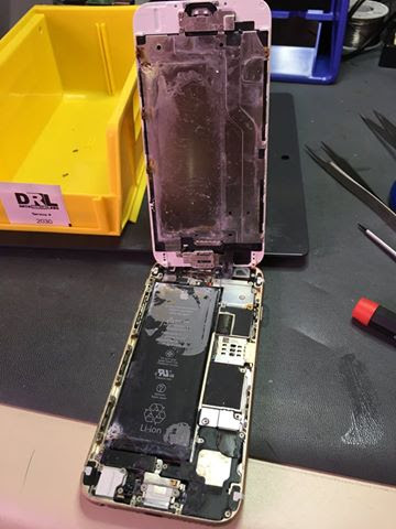 Water Damaged iPhone 6  Data Recovery GTA 4162381232