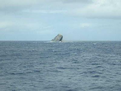 USS Belleau Wood sinks
