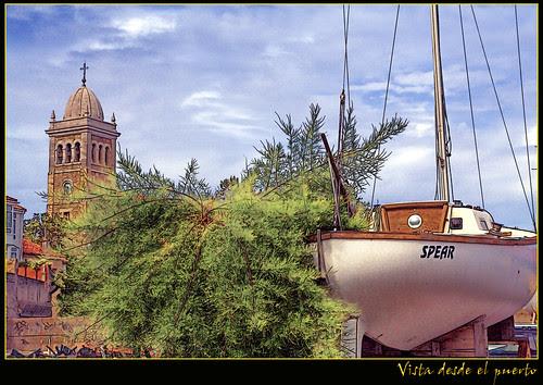 vista desde el puerto de Luanco
