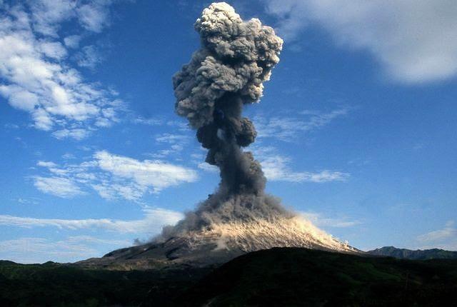 Ηφαιστειακή έκρηξη Karymsky στις 21 Οκτωβρίου