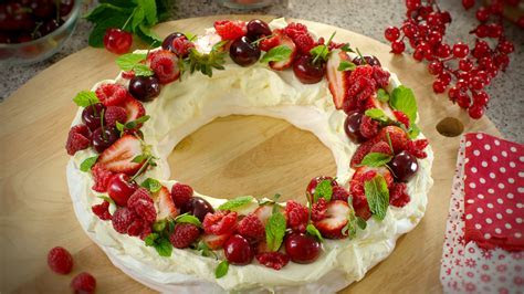 Christmas Pavlova wreath   Welcome to Multix