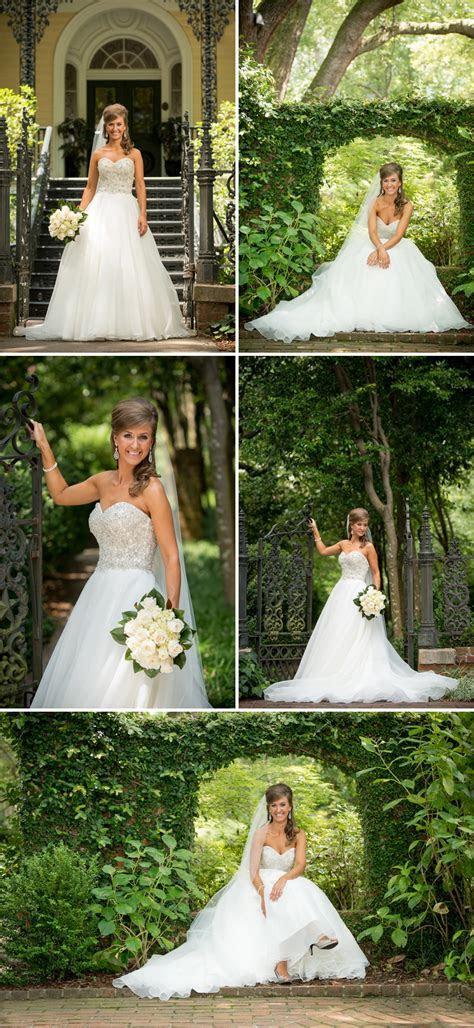 JENNIFER   rocks her dress! Bridal portraits at the Lace