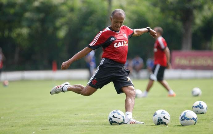 Jayme de Almeida treino Flamengo (Foto: Gilvan de Souza/Fla Imagem)