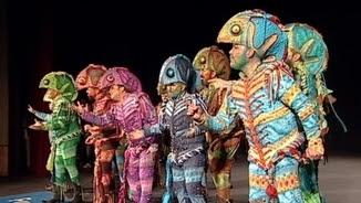 """L'actuació de """"Los Cobardes"""" al Carnaval de Cadis"""