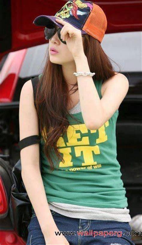 Cool girls with attitude profile pics   Fashion Trends