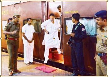 முகுல்-ராய்-சிவப்பு-கம்பள-வரவேற்பு