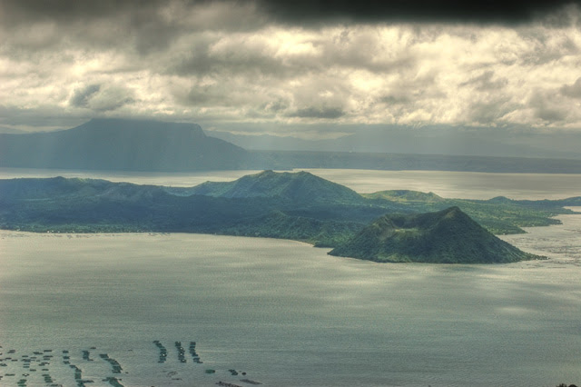 taal volcano (hdr)