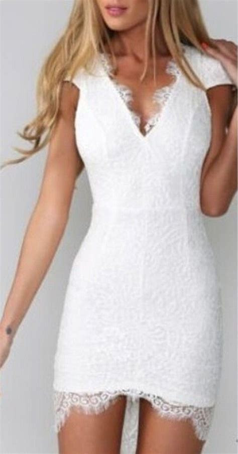 White Plain Lace Spliced Backless Hollow out V neck Cap
