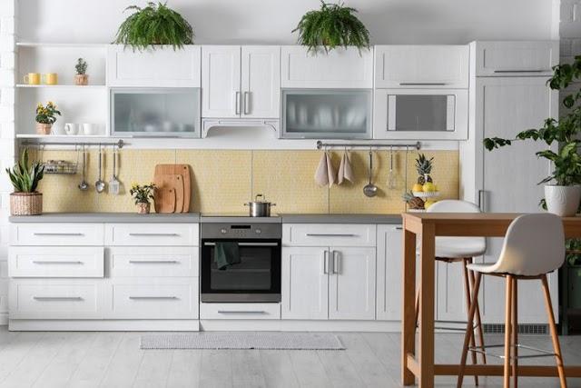 Dapur Terlihat Membosankan? Ubah Tampilannya Dengan Cara Ini