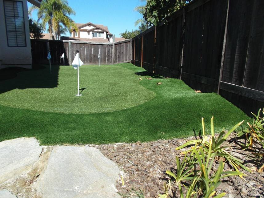 How To Make A Putting Green In Your Backyard With Real Grass