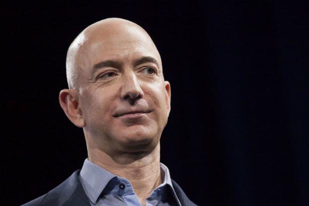 O fundador e CEO da Amazon Jeff Bezos em evento em Seattle, em 2014