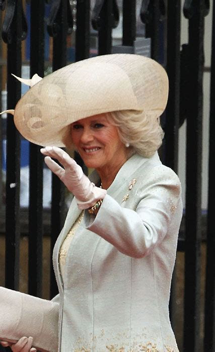 Royal Wedding: Philip Treacy designs hats for royalty and