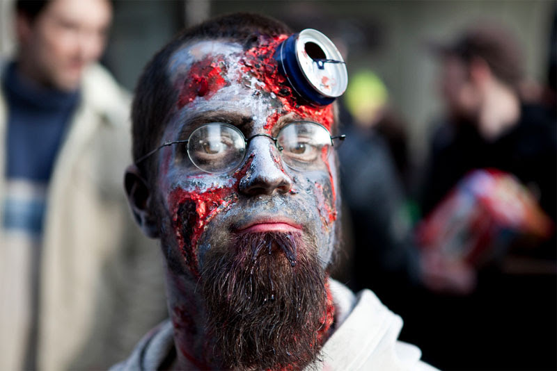 2. A can in the head zombie makeup shot at the Paris 2009 Zombie Walk by Philippe Leroyer