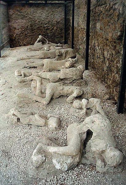 File:Pompeii Garden of the Fugitives 02.jpg