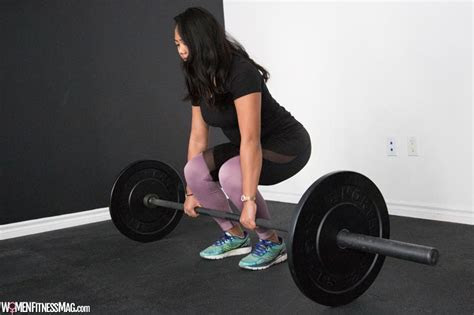 start lifting weights   beginner women fitness