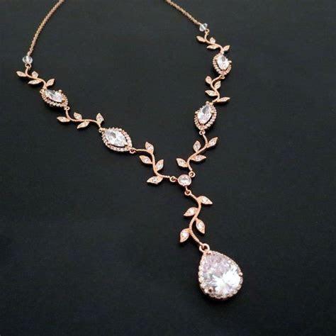 Best 25  Wedding necklaces ideas on Pinterest   Bridal