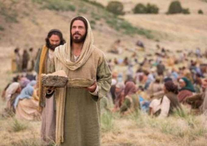 Resultado de imagem para Arqueólogos descobrem área onde Jesus teria multiplicado pães e peixes