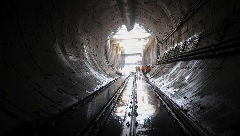 Viaje al interior de la tierra en la máquina del soterramiento del tren Sarmiento