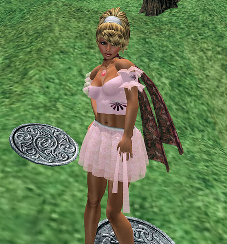 Kastle Rock Couture Daydream-Forever August light short skirt March 13 2010