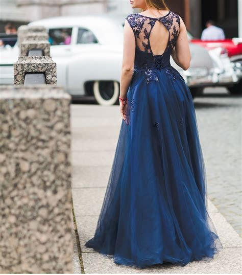 Get Going Away Dresses in Sri Lanka   MyLankaWedding