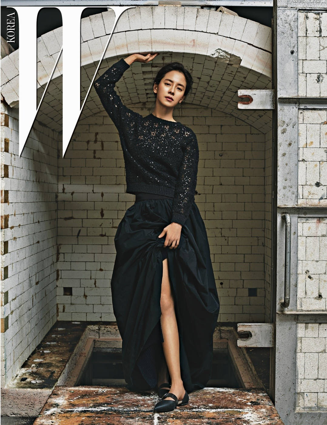 Song Ji Hyo - W Magazine January Issue '17