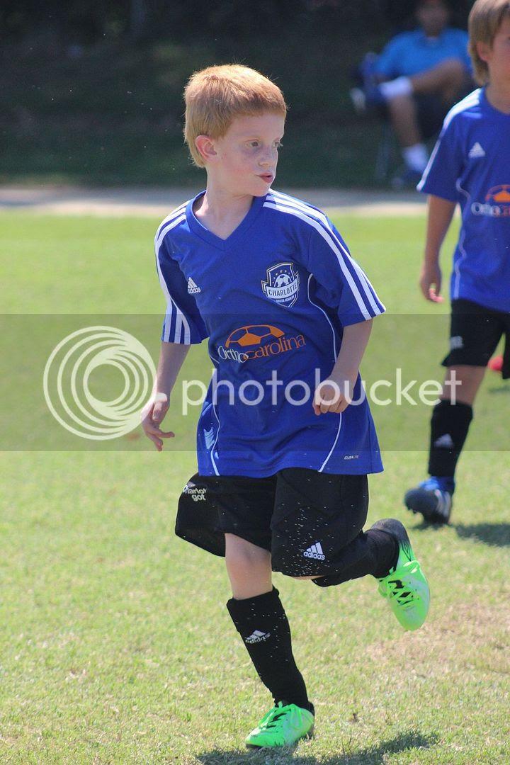 photo soccer48_zps280e6ee8.jpg