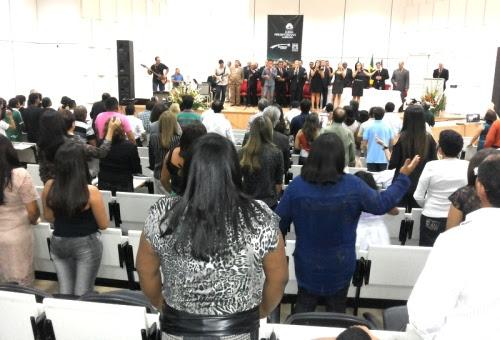Muita interação durante o culto