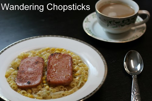 Hong Kong-Style Macaroni Soup with Spam 3