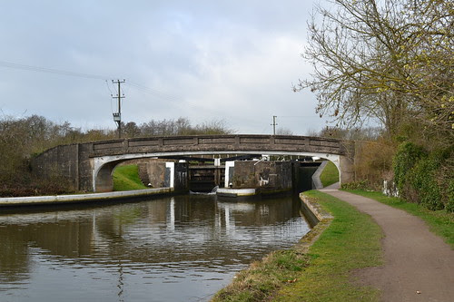 Hatton Middle Lock Bridge 53, Grand Union Canal, Hatton