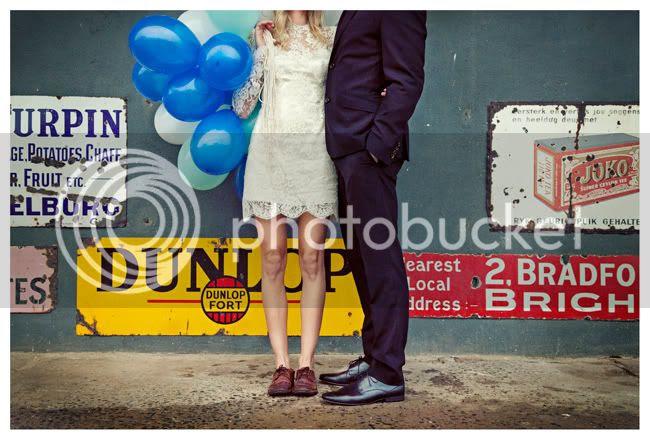 http://i892.photobucket.com/albums/ac125/lovemademedoit/vintage_chic_wedding009.jpg?t=1288713833