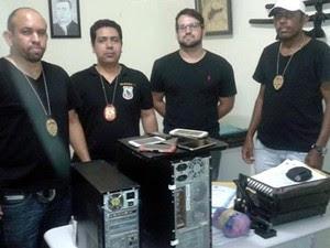 Policiais apreenderam celulares e computadores do suspeito (Foto: Richard Lopes/Arquivo pessoal)