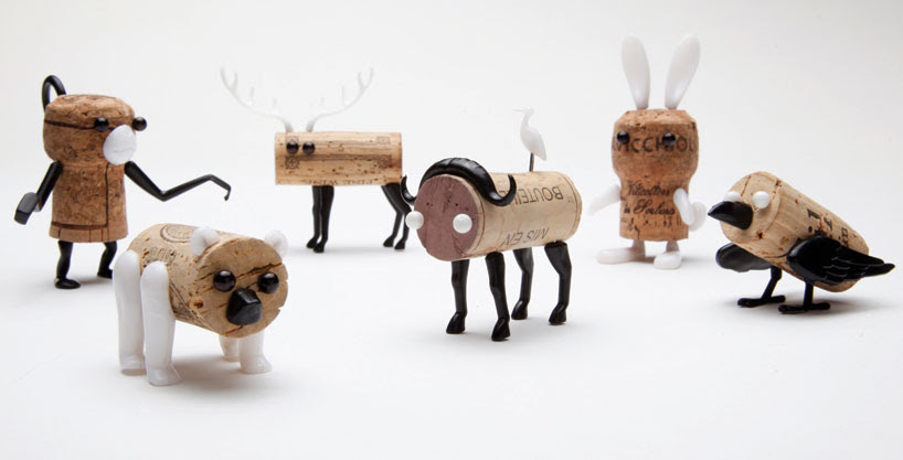 DIY cork stopper animals now in the designboom shop