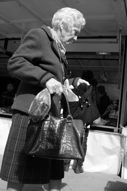at the market [stranger 12/99]