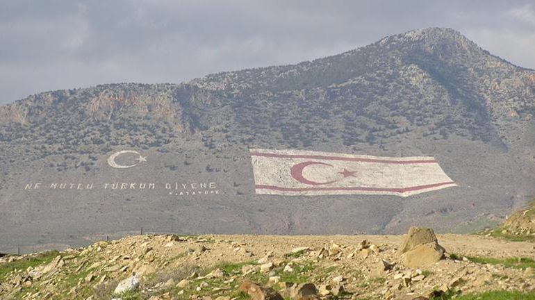 O E.Bενιζέλος αναγνωρίζει de facto το τουρκικό ψευδοκράτος στην Κύπρο!