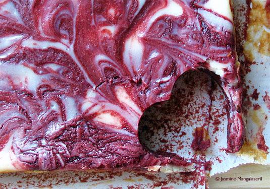140208 Red Velvet Cream Cheese Swirl Brownies1