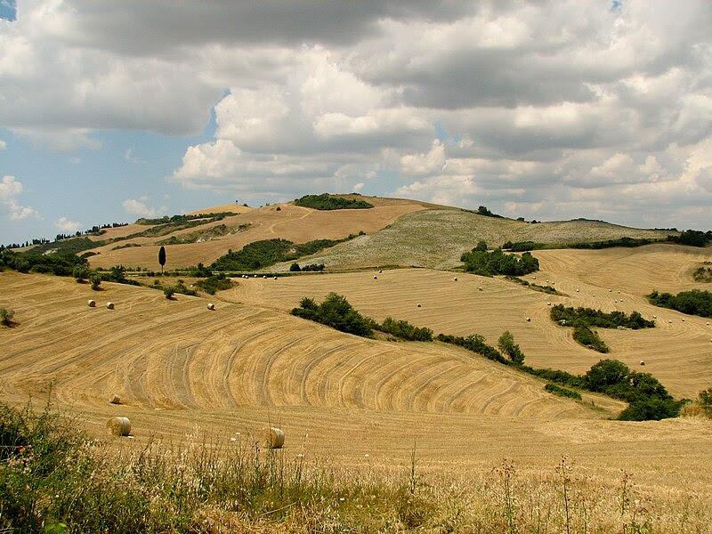 File:Tuscany landscape west of Siena.jpg