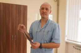 У Чернівцях дитячі хірурги просять допомогти придбати медичний інструмент