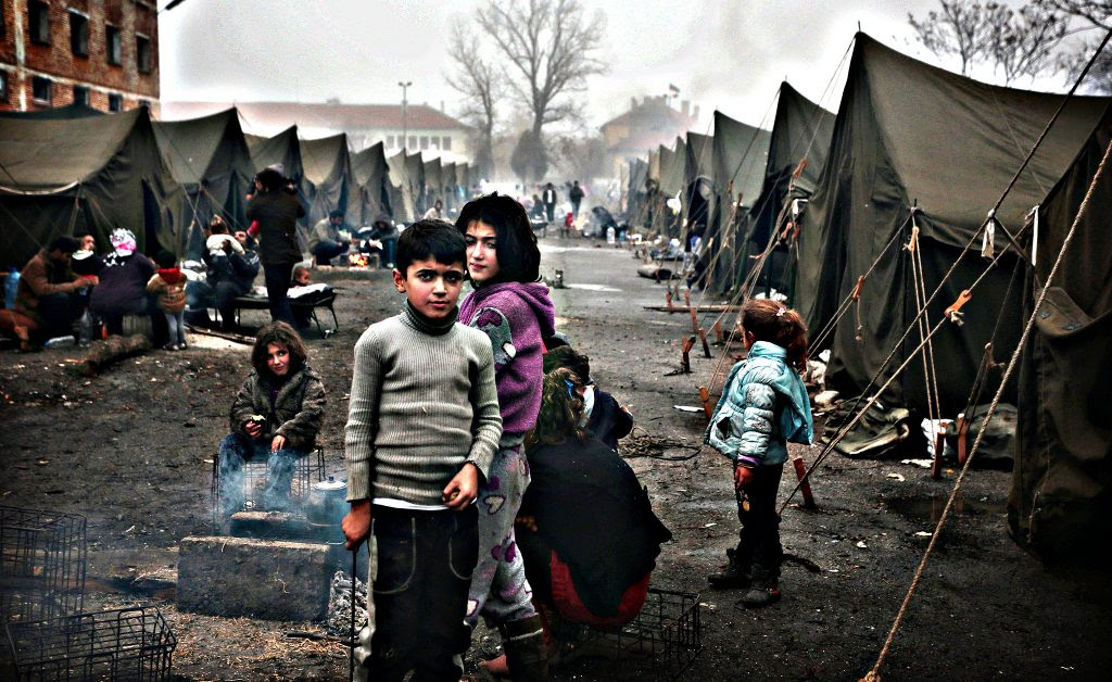 Syria refugees Valentina Petrova/AP, posted at FT blogs